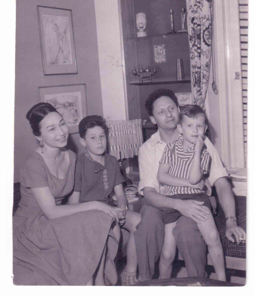 אהרון אידה איל ועמוס מגד תא 1960