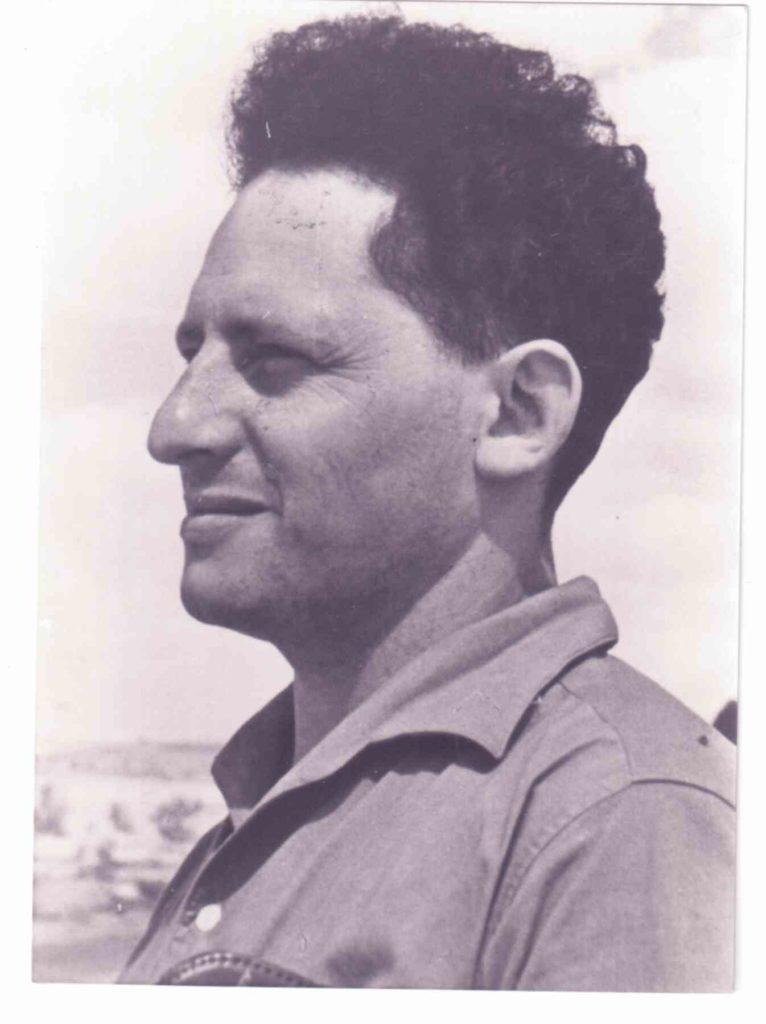 אהרון חבר קיבוץ שדות ים 1950