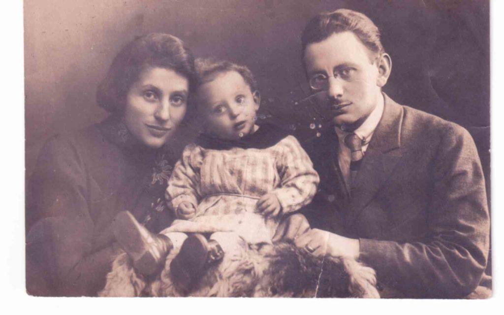 אהרון תינוק 1923