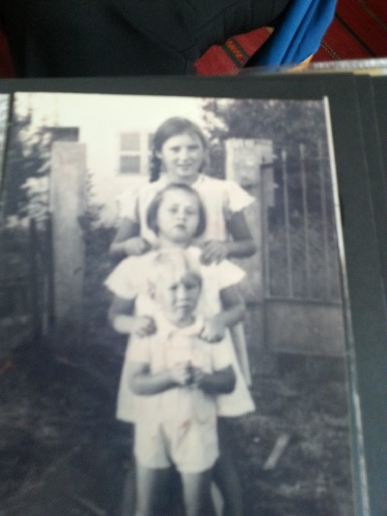 childhood.with sisters
